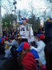 Casillas en concentracion de venezolanos