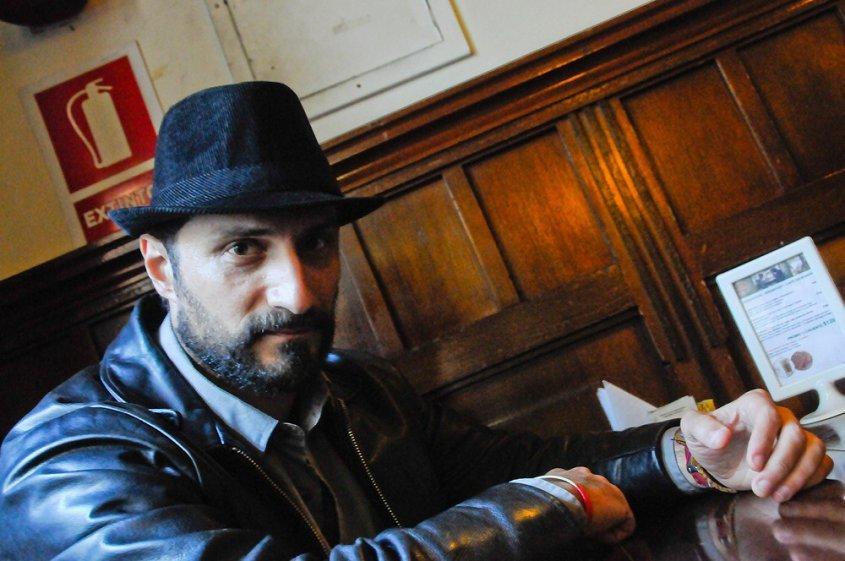 Eduardo Bechara: un escritor multicultural y apasionado